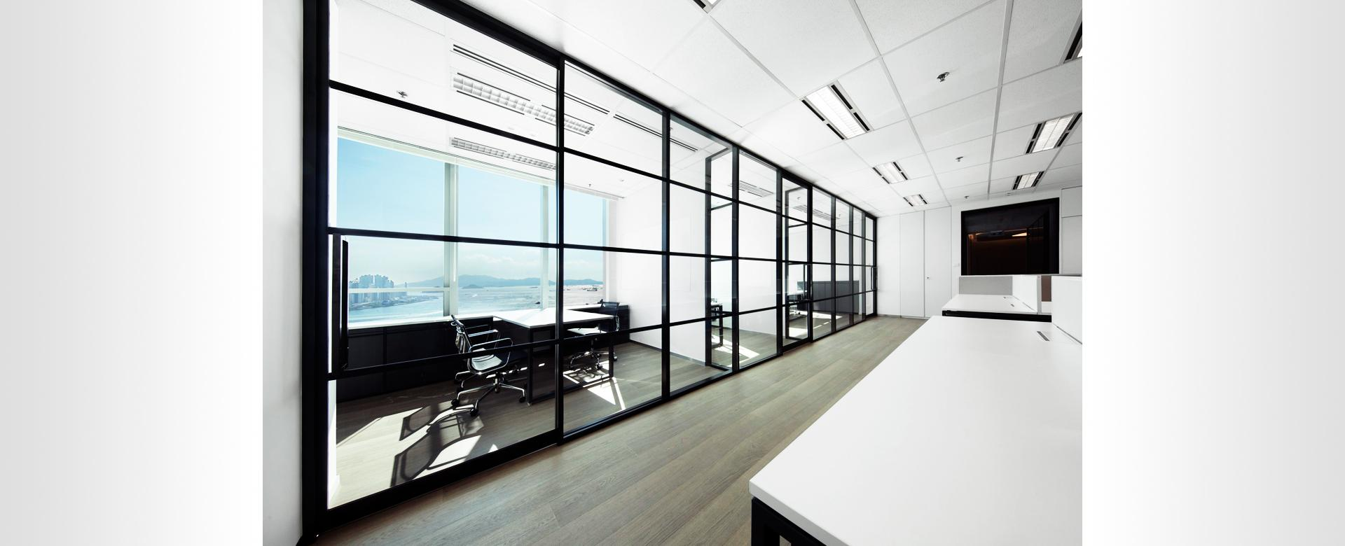 Office partitions, movable office partitions and interior fit-out